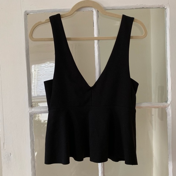 silence + noise Tops - Sexy Silence and Noise Deep V Crop Top